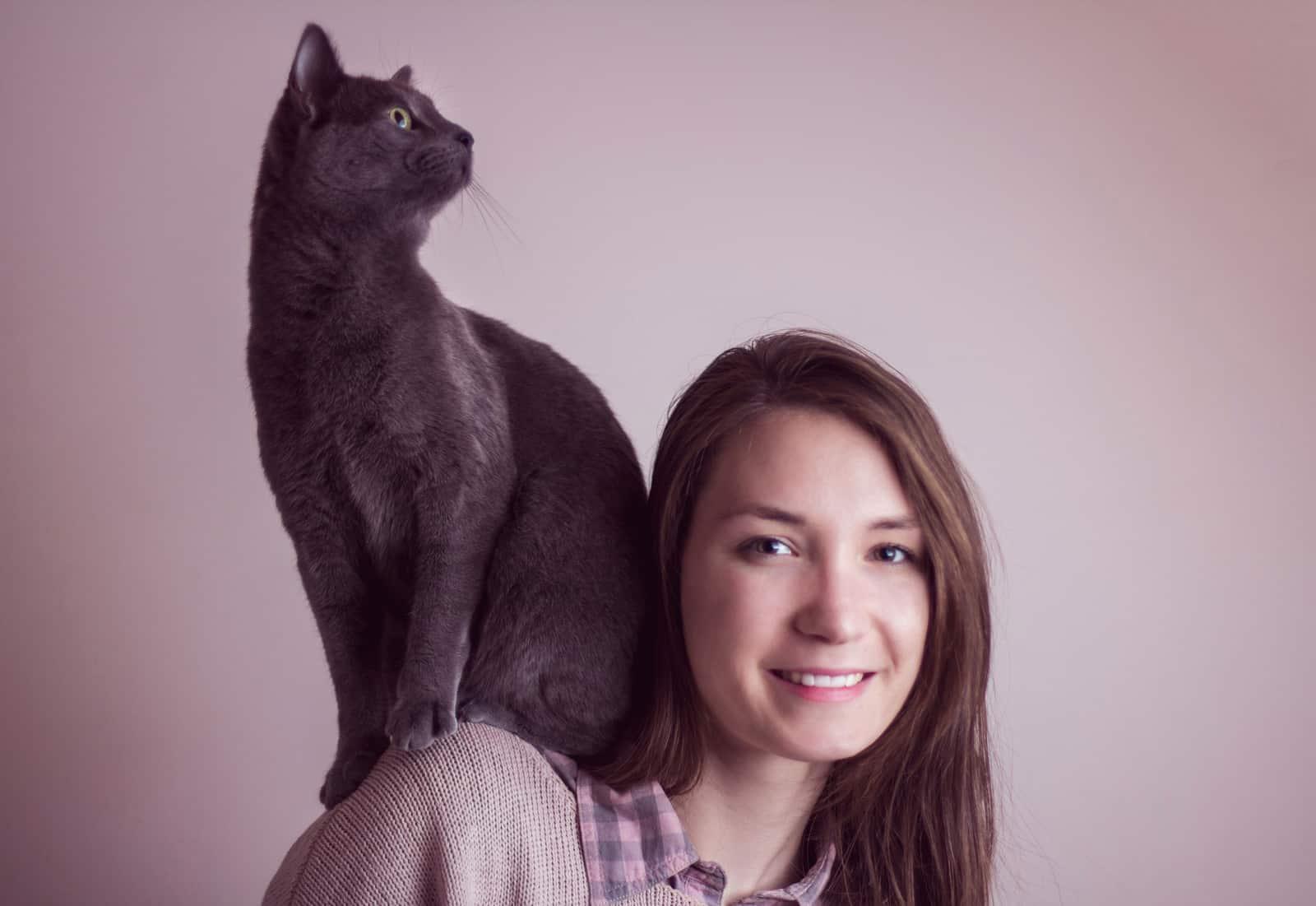 shoulder cats